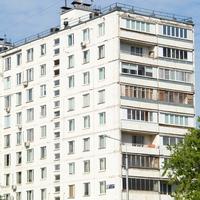 Цена остекления балконов в различных сериях домов.