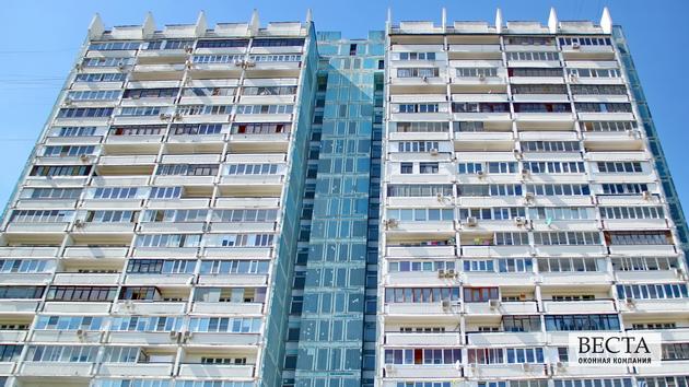 Цены на остекление балконов в доме серии и-700а.